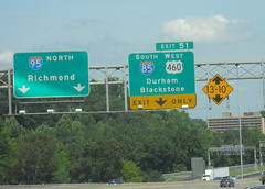 Exit to I-85 (peachy92) Tags: vacation virginia petersburg va roadsign roadsigns i95 i85 2014 petersburgva petersburgvirginia roadgeek biggreensign us460 nikoncoolpixl22 vacation2014