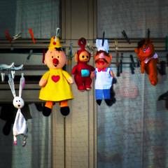 Hanging in the Wind (Arthur Koek) Tags: thenetherlands puppets laundry hanging pegs harderwijk veluwe gelderland