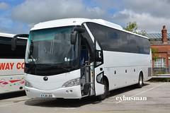 Godson's Leeds YJ14JEO. (EYBusman) Tags: road park new west bus coach yorkshire leeds pelican east independent godson brand coaches bridlington daf godsons crossgates yutong hilderthorpe zk6129h eybusman yj14jeo