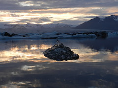 Glacier Jokulsarlon (22) (adamcmarshall) Tags: travel mountain lake adam ice beach beauty metal digital photography death volcano photo iceland image photos south central picture pic images marshall vik glacier photograph iceberg cleavage jokulsarlon hekla cleave adammarshall