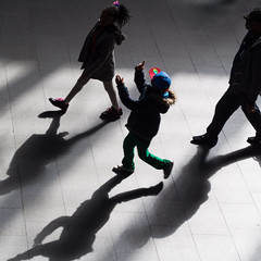* (donvucl) Tags: colour london kids shadows squareformat kingscross donvucl olympusepl5