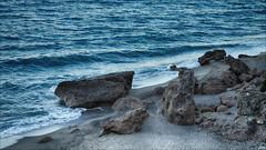 Rocas en la playa (candi...) Tags: mar agua playa arena verano rocas sonya77