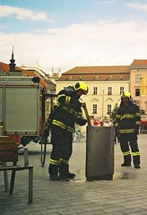 Elikon 35S - Brave Firemen Fighting the Fire in Garbage Can 5 (Kojotisko) Tags: street city people streets person czech streetphotography brno cc creativecommons czechrepublic streetphoto persons elikon35s эликон35с