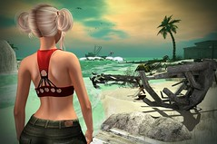 The Waves That Bring Her Words To Me (lauragenia.viper) Tags: catwa glamaffair justice secondlife secondlifefashion vistaanimations wasabipills avatar virtual blond blonde tank jeans sea ocean sunset horizon outdoor beach