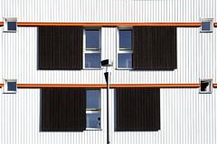 Carré au cube (Isa-belle33) Tags: architecture urban urbain city ville wall mur windows fenêtres couleurs colors orange aquitaine charente fuji fujifilm fujixt1 street streetphotography