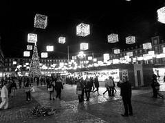 Año Nuevo en Madrid (Leandro Fridman) Tags: madrid navidad luces plaza square ciudad city urbano urban street calles blancoynegro blackandwhite byn bw monocromo monochrome monocromático españa spain europa europe
