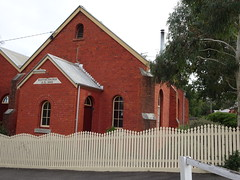 Maldon. The old Welsh Baptist Church. (denisbin) Tags: maldon railwaystation granite rock kookaburrarock kookaburra churcg baptist welshbaptist pickets fence