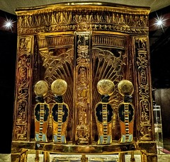 Back of One of King Tutankhamun's golden throne chairs  New Kingdom 18th Dynasty Egypt 1332-1323 BCE (mharrsch) Tags: throne chair serpent pharaoh king ruler tutankhamun burial tomb funerary 18thdynasty newkingdom egypt 14thcenturybce ancient discoveryofkingtut exhibit newyork mharrsch premierexhibits gold
