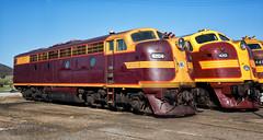 Sun-drenched Streamliners (SJB Rail) Tags: 4204 42 class 42101 421 lvr trains railways railroads goulburn streamliners 2016