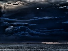 There's a storm brewing (rolfstumpf) Tags: nature outdoors thunderstorm wetter blue ocean island germany deutschland juist norderney ostfriesische inseln nordsee north sea wolken clouds storm rain weather drama