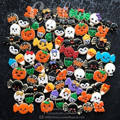 Mini Halloween Cuties (cREEative_Cookies) Tags: creeatve cookies ree halloween hallows dia delos muertos candy skulls typography sugar art decorated cookie decorating party theme desserts holiday dessert zombie eyeball nightmare before christmas jack skellington sandy cupcakes spiders pumpkins jackolanterns leaves platter ghosts corn bats blood bloody cut finger ears butcher 3d