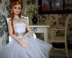 Poppy Parker reroot (Doll Affinity) Tags: poppy parker integrity toys doll dolls ooak reroot custom red hair long saran lovely diorama