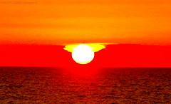 Celestial mood (Natali Antonovich) Tags: sky nature parallels mysticalatmosphere celestialmood experiment northsea sea reflection water wenduine sun sunset horizon landscape light
