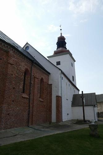 Kościół św. Michała Archanioła w Tyńcu nad Ślęzą od północnego wschodu