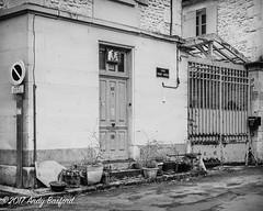 Rue Franc Nohain, Donzy, the Nièvre, January 2017 (serial_snapper) Tags: républiquefrançaise building blackwhite nièvredépartement bourgognefranchecomtérégion donzy bourgognefranchecomté france fr