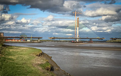 Mersey Gateway construction from Spike Island 8 (Martin Peers) Tags: widnes runcorn widnesbridge cheshire spikeisland rivermersey merseycrossing merseygateway newmerseycrossing merseyside bridge construction architecture canal river uk england boat barbados carribean atlantic beach carribeansea samtheman samthemanbarbados oistins stlawrencegap