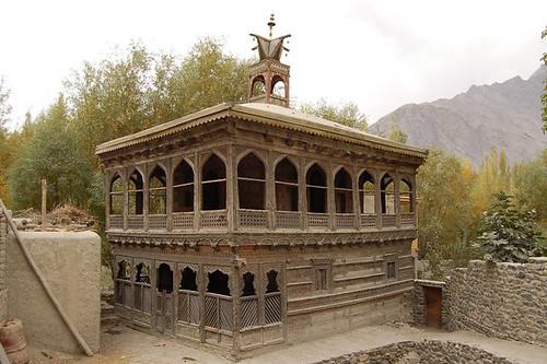 Masjid Khari dong, Shigar fort