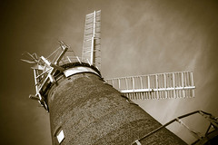 Thaxed Windmill (woodsdvw) Tags: londonhdr