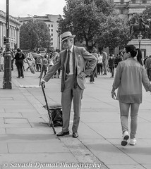 I'm A real Gent DSC_6683.jpg (Sav's Photo Gallery) Tags: street city uk travel portrait people london westminster smile smiling architecture photography cityscape capital crowd streetphotography landmark tourist gb iconic trafalgarsq d7000 savash
