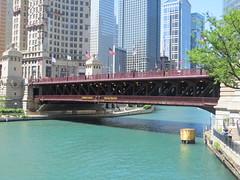 DuSable Bridge Chicago IL (POsrUs) Tags: ©lancetaylor posrus illinois cookcounty chicago dusablebridge chicagoriver michiganavenue river nrhp historicdistrict chicagolandmark