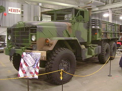 1991 BMY Harsco M923A2 (splattergraphics) Tags: 6x6 truck military cargo 1991 carshow m923 oakspa greaterphiladelphiaexpocenter northeastrodcustomcarshow bmyharsco ma923a2