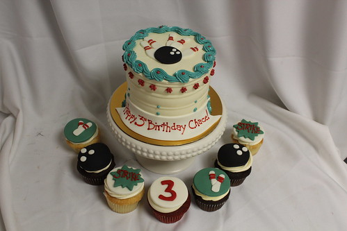 Bowling Gourmet & Cupcakes