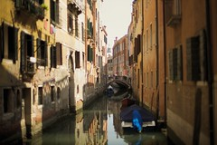 il canal (paologmb) Tags: venice architecture buildings canal arquitectura 50 venezia venedig 095 pittoresque leicam noctilux0 paologamba paologmb typ240 ppa53e