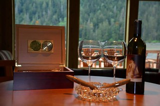 Alaska Salmon Fishing Lodge - Luxury 17