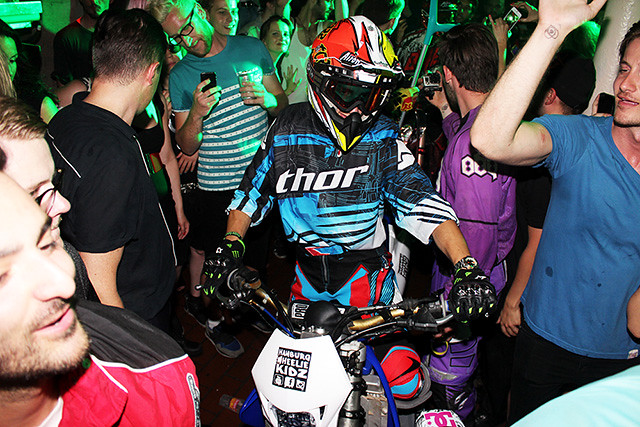 Dandy Diary Race Fahion Week Opening Party