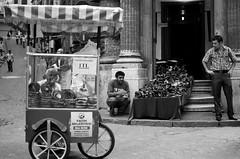 Istanbul'da ekmek parası (keklik bizden uzaklaştı) Tags: street blackandwhite bw monochrome blackwhite working streetphotography istanbul bagel vendor bnw streetvendor urbanlife eminonu siyahbeyaz seyyar simitci isporta bagelseller ekmekparasi