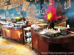shangrila singapore 5 (frannywanny) Tags: swimmingpool chispa amenities shangrilahotel shangrilasingapore valleywing summitroom