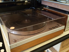 "PHILIPS 312 TURNTABLE. • <a style=""font-size:0.8em;"" href=""http://www.flickr.com/photos/51721355@N02/32665927623/"" target=""_blank"">View on Flickr</a>"