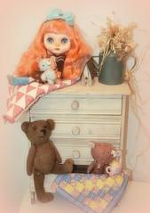 Sunkist Goldilocks & the 3 Bears