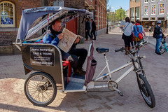 Jan is waiting for a tourist (FotoCorn on/off) Tags: amsterdam fietstaxi muntplein tourist tourists cyclerickshaw city street