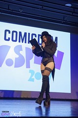 Comicdom Con Athens 2017: On stage: Ailiroy as Zatanna (the persenter of the show) (SpirosK photography) Tags: comicdomcon comicdomcon2017 comicdomconathens2017 athens greece convention spiroskphotography cosplay costumeplay onstage stage performance dccomics dc dcuniverse ailiroycreations ailiroy zatanna zatannazatara