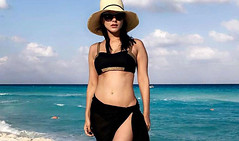 Sunny Leone hots up the beaches with his husband Daniel of Mexico! (worldnewstimes) Tags: sunny leone sunnyleone mexico vacation photos daniel