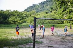 Aldeia Guarani_Foto de AF Rodrigues_5 (AF Rodrigues) Tags: aldeiaguarani aldeiaindígina riodejaneiro paraty populaçãotradicional povodafloresta programaproíndio guarani indígina indio brasil futebol foratemer bola campodefutebol gol