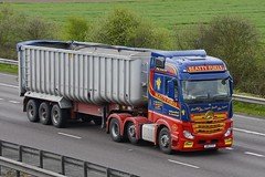 OIG 1777 (panmanstan) Tags: mercedes actros mp4 wagon truck lorry commercial bulk freight transport haulage vehicle m18 motorway langham yorkshire