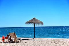 Cova Redonda Beach (Biolchini) Tags: portugal algarve beach praia cova redonda sea sand parasol