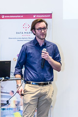 "20170406_Data_Market_Austria_Salzburg_Big_Data_Meetup__39A8422 • <a style=""font-size:0.8em;"" href=""http://www.flickr.com/photos/146381601@N07/34097547386/"" target=""_blank"">View on Flickr</a>"
