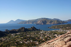 Vulcanello, Lipari and Salina from Vulcano's top (Umberto Luparelli) Tags: sea island sicily unesco volcano