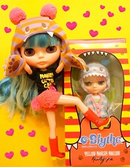 Sweet Greetings..... (Kewty-pie) Tags: stock blythe mib middie mintinbox mandycottoncandy yellowmarshmallow uploaded:by=flickrmobile flickriosapp:filter=nofilter