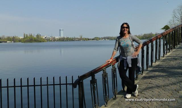 Visitando otra zona del parque Herastrau