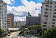 Praa da Bandeira,marco zero da cidade de Sao Paulo,Brasil. (luizdscoelho1000) Tags: centrovelho passarela viadutos museus cidadevelha prediosantigos saopaulobrasil staefigenia teatros viadutodocha liberobadaro historiadacapitalpaulista praasfamosas