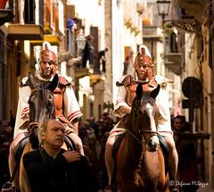 Passion 11 (OldStyleSte) Tags: canon flickr colore chiesa sicily fotografia cavalli sicilia rievocazionestorica pasqua marsala processione settimanasanta romani crocifissione sacroeprofano centurioni