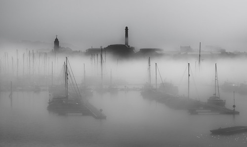 Masts in the mist (57866871@N03), photography tags:  morning mist fog yard boats royal plymouth william mount wise masts chimneys sutton tamar