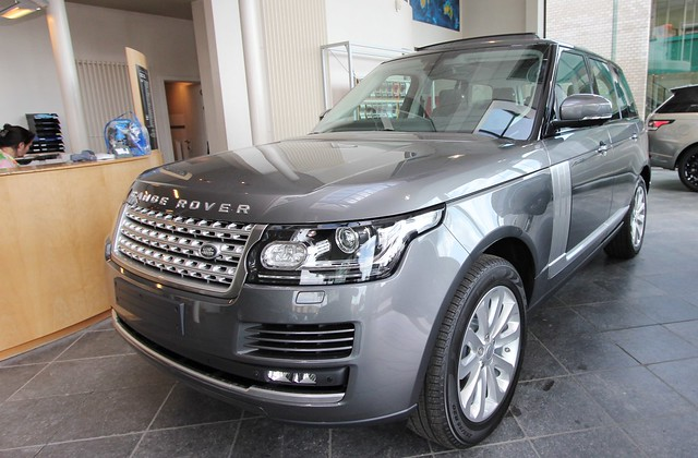 Range Rover Dealers In Ma >> Peeters Herentals wint Land Rover Techniekerscompetitie ...