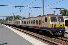 NMBS IC-train to Ostend. (Franky De Witte - Ferroequinologist) Tags: de eisenbahn railway estrada chemin fer spoorwegen ferrocarril ferro ferrovia