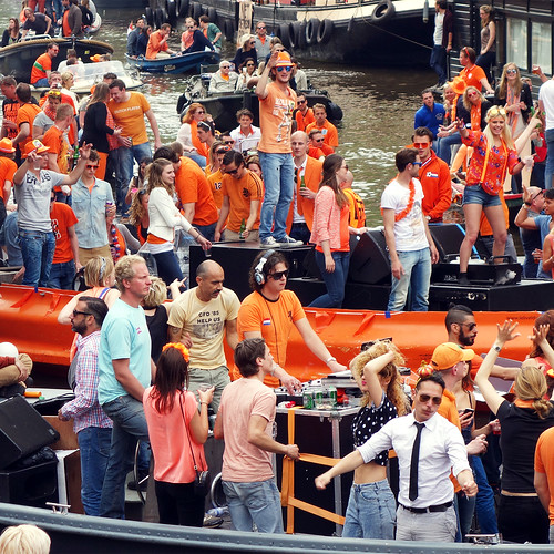 King's day - Canals Amsterdam by Jannes Glas., on Flickr