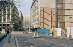 Temple Row Birmingham (geoff7918) Tags: lamp birmingham railings cherrystreet lloydsbank bankofengland stphillips 1833 lewiss rackhams marblemonument templerow houseoffrazer revoprecinct modelaerodrome